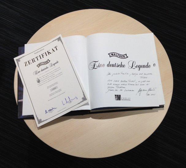 Limitiertes Exemplar des Walther-Buchs mit persönlicher Widmung von Wulf-Heinz Pflaumer